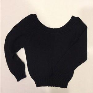 Sweaters - BLACK TOP